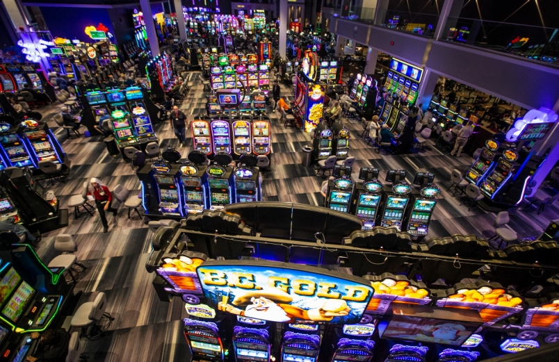 Extraordinary games and gambling facilities will satisfy the Singapore gamblers